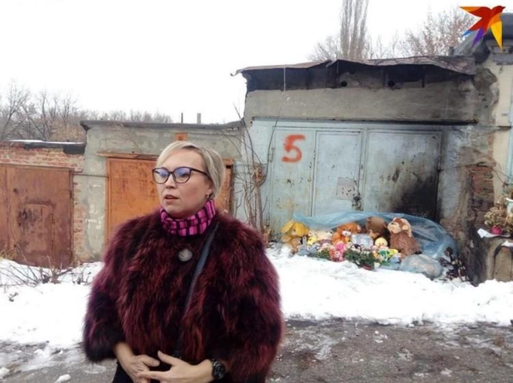 Елена Киселева на месте гибели дочери