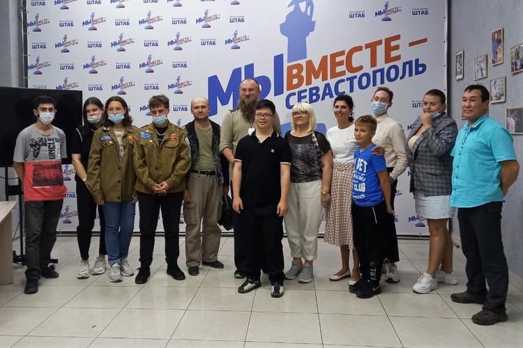 В конце встречи все участники фотографировались на память со знаменитым спортсменом Фото: Виктория Кашлякова
