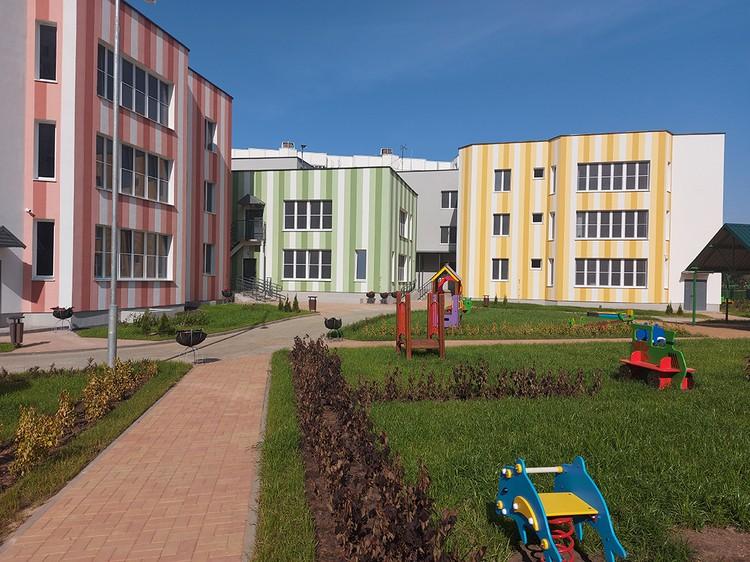 В октябре откроется детский сад с бассейном по ул. Каролинской.