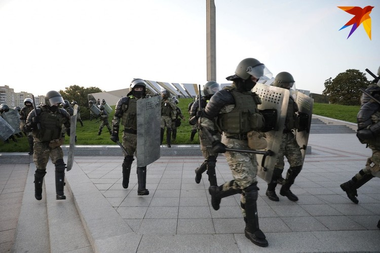 На акциях протеста были задержаны 713 человек. Из них будут судить 570