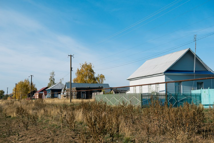 Небольшое село в Самарской области стало теплым и уютным домом для трех приемных мальчишек