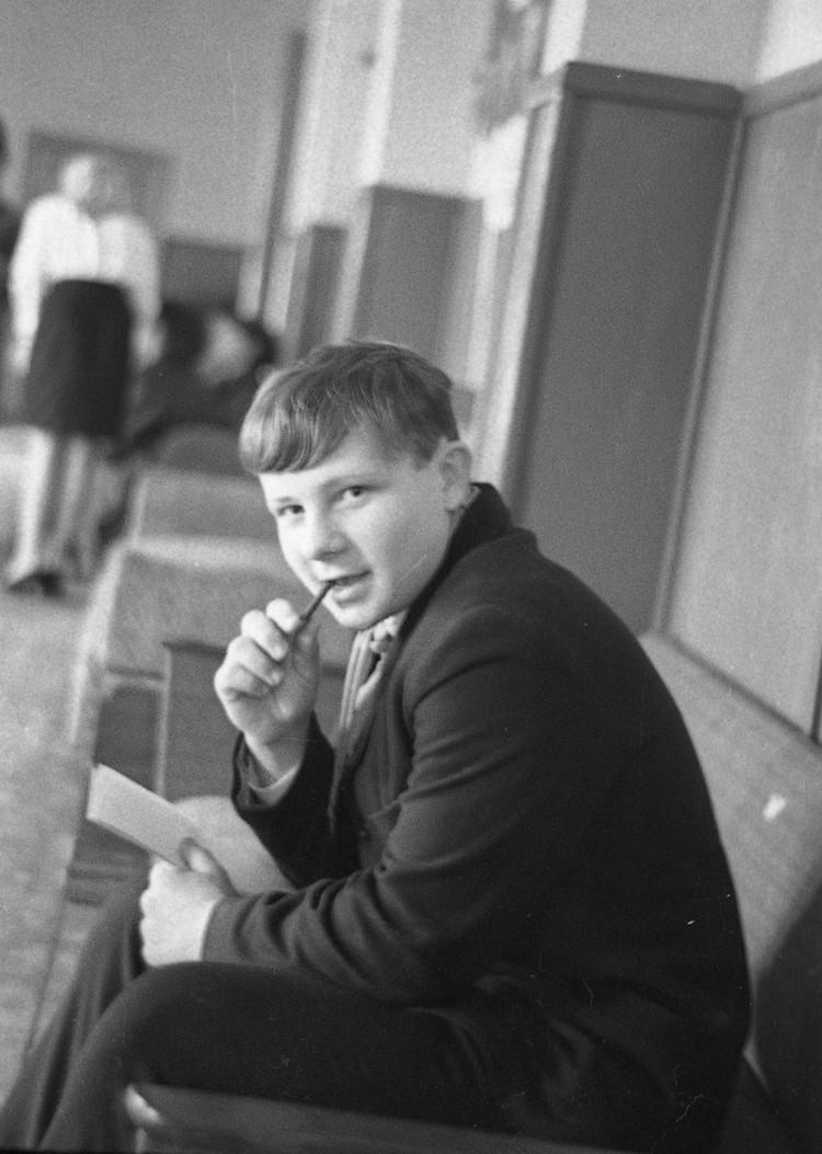 Но были среди советских школьников те, кто чувствовал в себе журналистский потенциал и не довольствовался простыми письмами в редакцию.