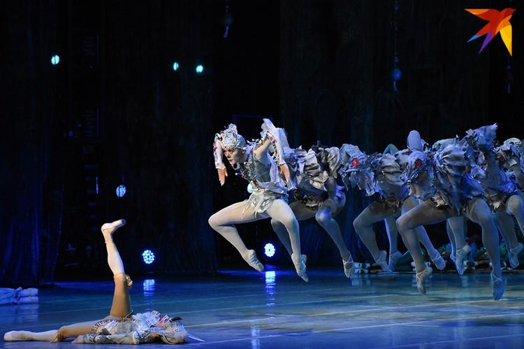 """Новая редакция балета """"Щелкунчик"""" в постановке Валентина Елизарьева на сцене Большого театра."""