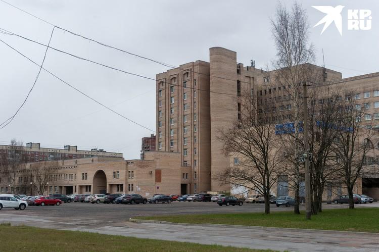 Биоматериал в больших количествах понадобился НИИ травматологии и ортопедии имени Вредена.