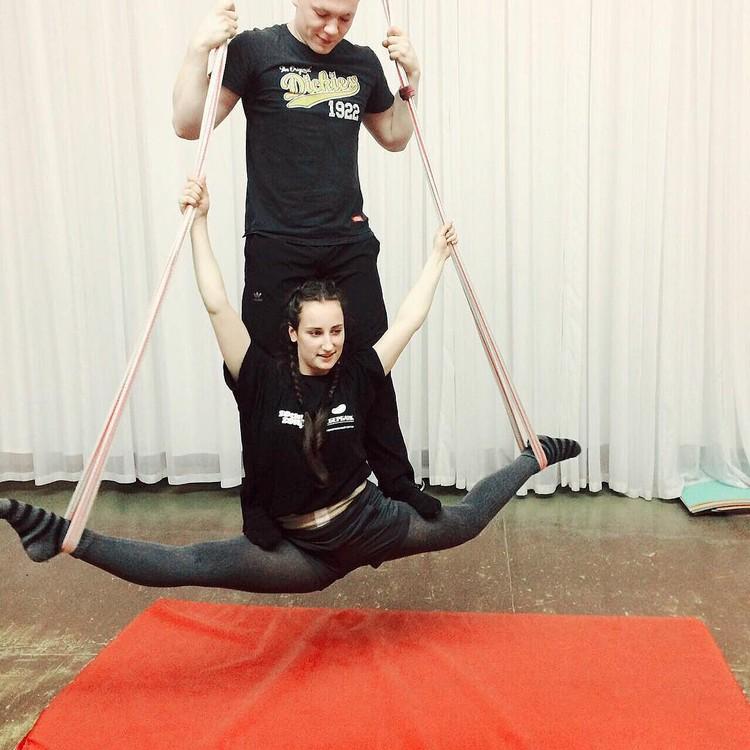 Воздушная гимнастика - это постоянный труд. Фото: предоставлено Анжеликой Кербель
