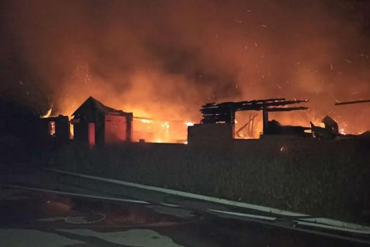 Пожар был полностью ликвидирован в 9 утра