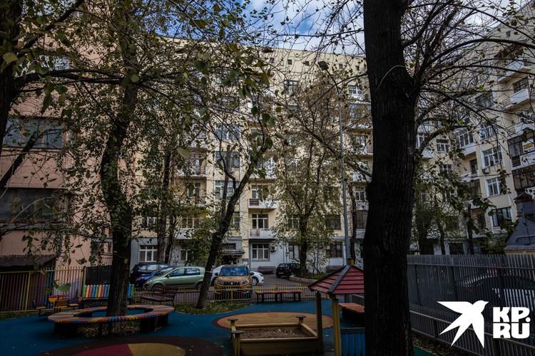 Один из домов, которые строили для сотрудников НКВД.