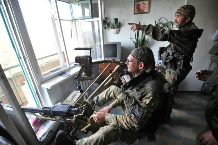 Сколько времени можно продержаться с автоматами и пулеметами в условиях современной войны?