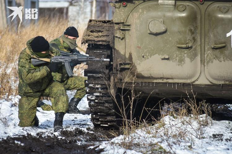 Перестрелка, в ходе которой разведчики «уничтожили» «боевиков», кроме одного.