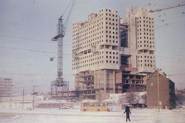Строительство Дома Советов в 1980-е годы.