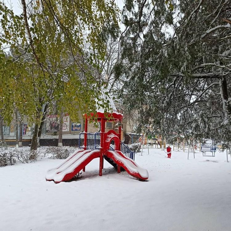 Фото снега в Тихорецком районе Кубани. Фото: instagram.com/er_bor_admin