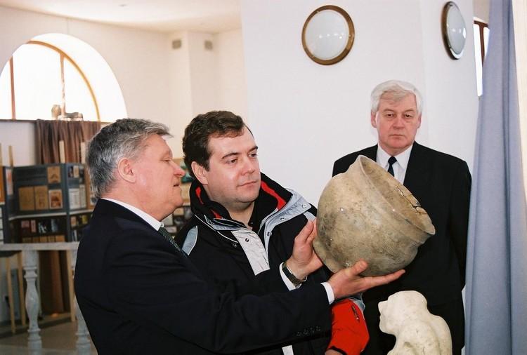 Дмитрий Медведев на Аркаиме. Фото: заповедник Аркаим