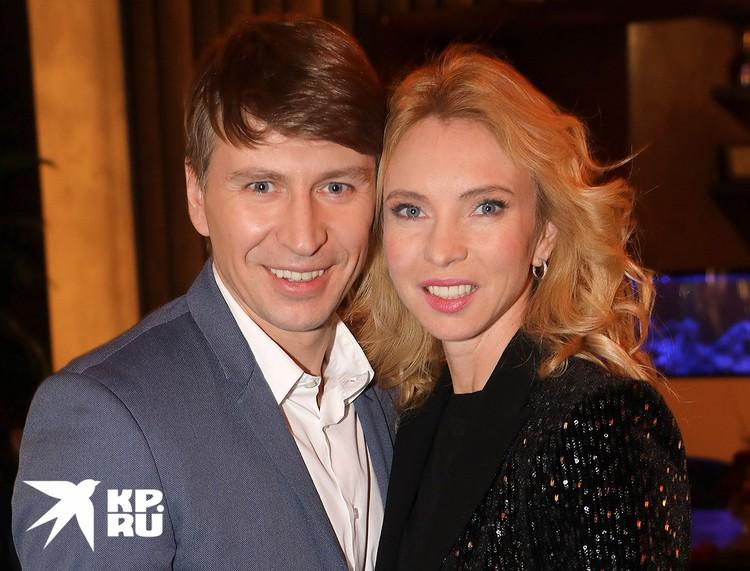 Алексей Ягудин с супругой Татьяной Тотьмяниной.