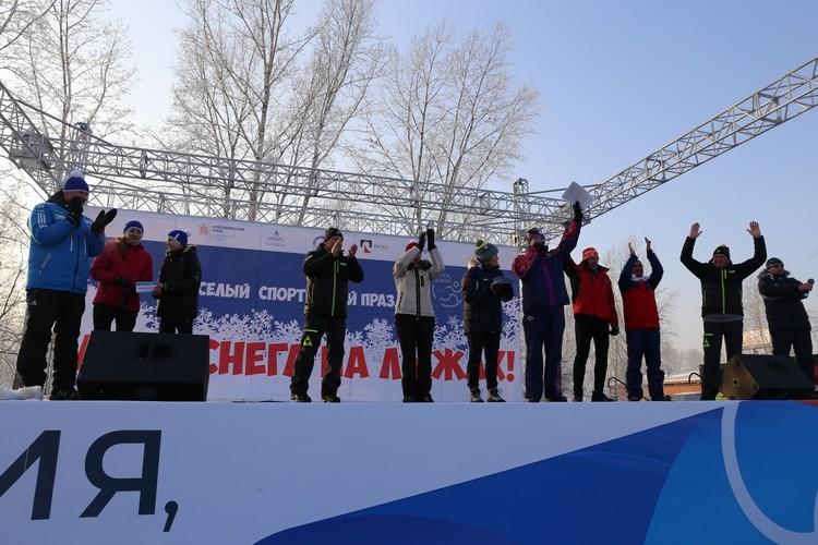 Начиная с 2016 года участниками массовых лыжных мероприятий стали более 52 тысяч спортсменов-любителей. Фото предоставлено пресс-службой компании