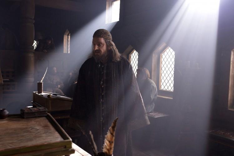 Кадр из сериала «Грозный»