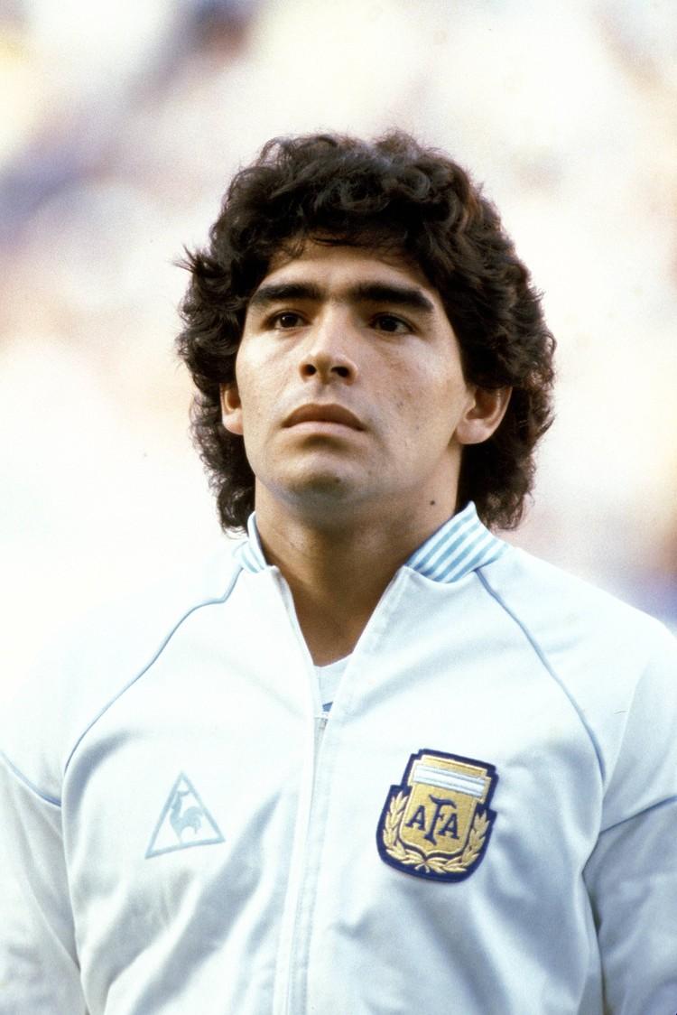 Диего Марадона в начале своей карьеры