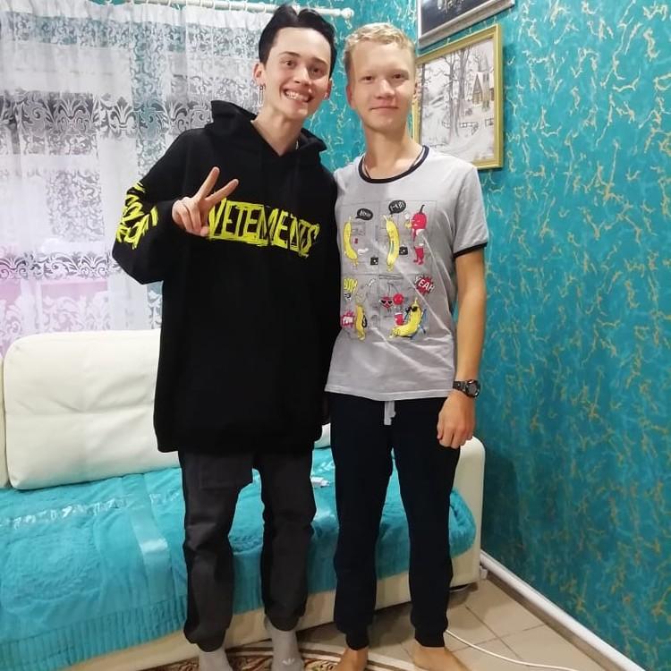 Даня Милохин и Сергей Тюленев Фото: из семейного архива Тюленевых