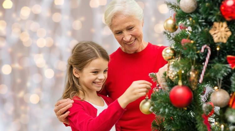 Внимание со стороны семьи поддерживает интерес к жизни в любом возрасте. А желание жить помогает нашему иммунитету.