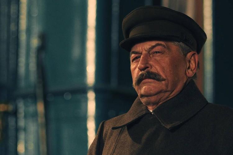 """Образ Иосифа Сталина из фильма """"Зоя""""."""