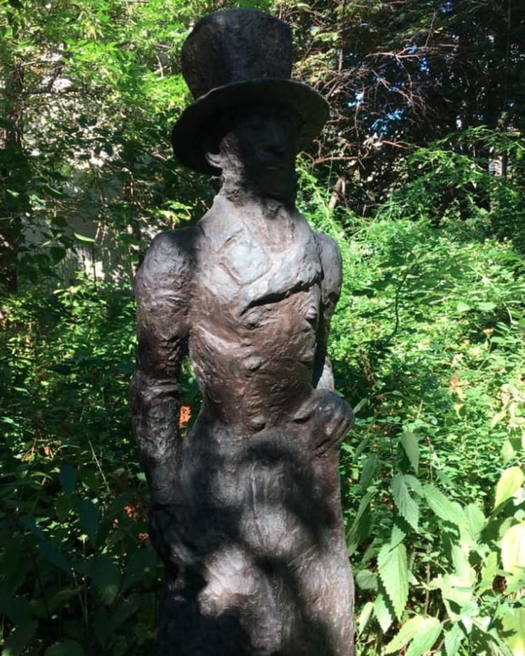 Памятник Пушкину работы Лазаря Гадаева. Фото: Владимир Енишерлов @ Facebook