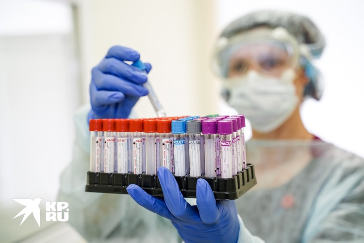 В России обнаружено почти 1 500 мутаций SARS-CoV-2.