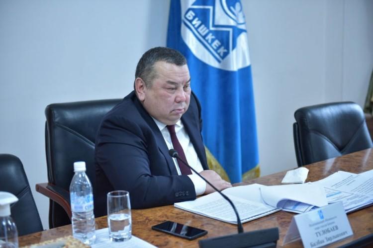 Балбак Тулобаев вошел в положение маршруточников. «Их нужно благодарить за работу», - заявил и.о. мэра.