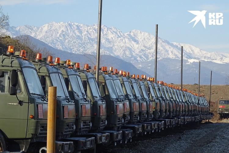 Полноценный парк автотехники с мощной ремонтной базой, заправками и местами на 360 армейских грузовиков возвели всего за 16 дней