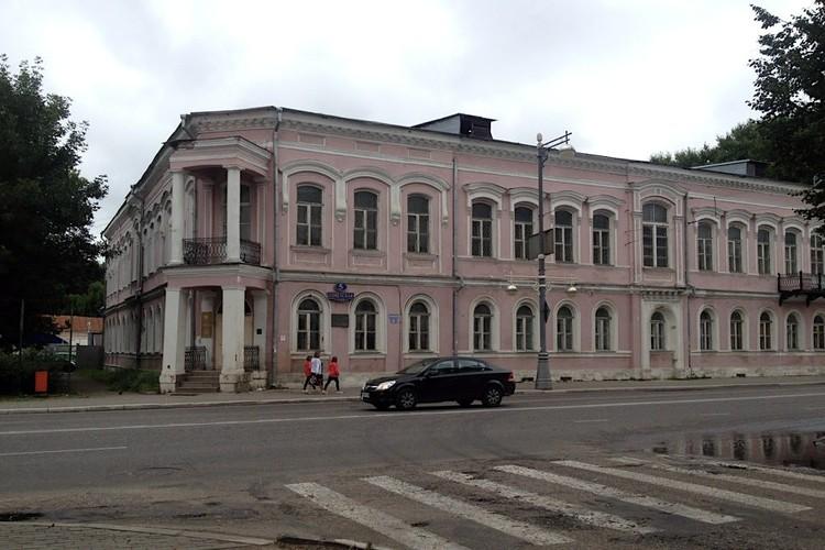 Так Тверской краеведческий музей выглядел в 2013 году. Фото: Foursquare/Виктор Жуков.