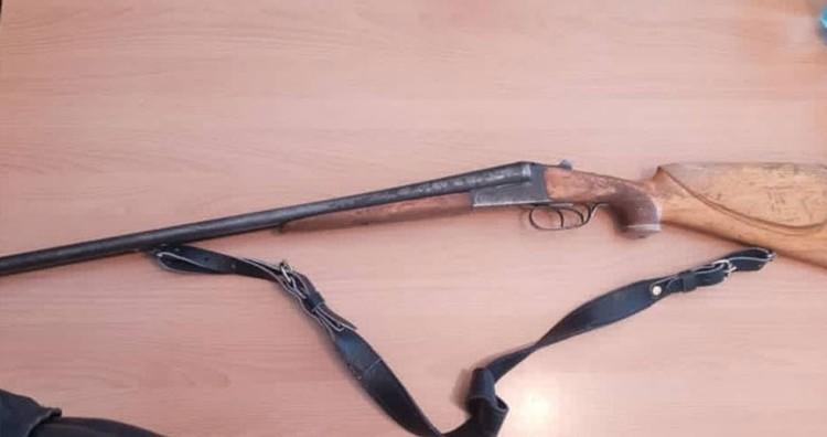 На оружие разрешительных документов у его владельца не оказалось.