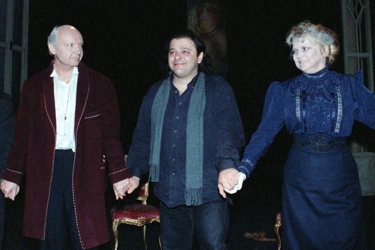 Андрей Мягков, греческий режиссер Космас Хатзииоаннидис и заслуженная артистка России Анастасия Вознесенская.