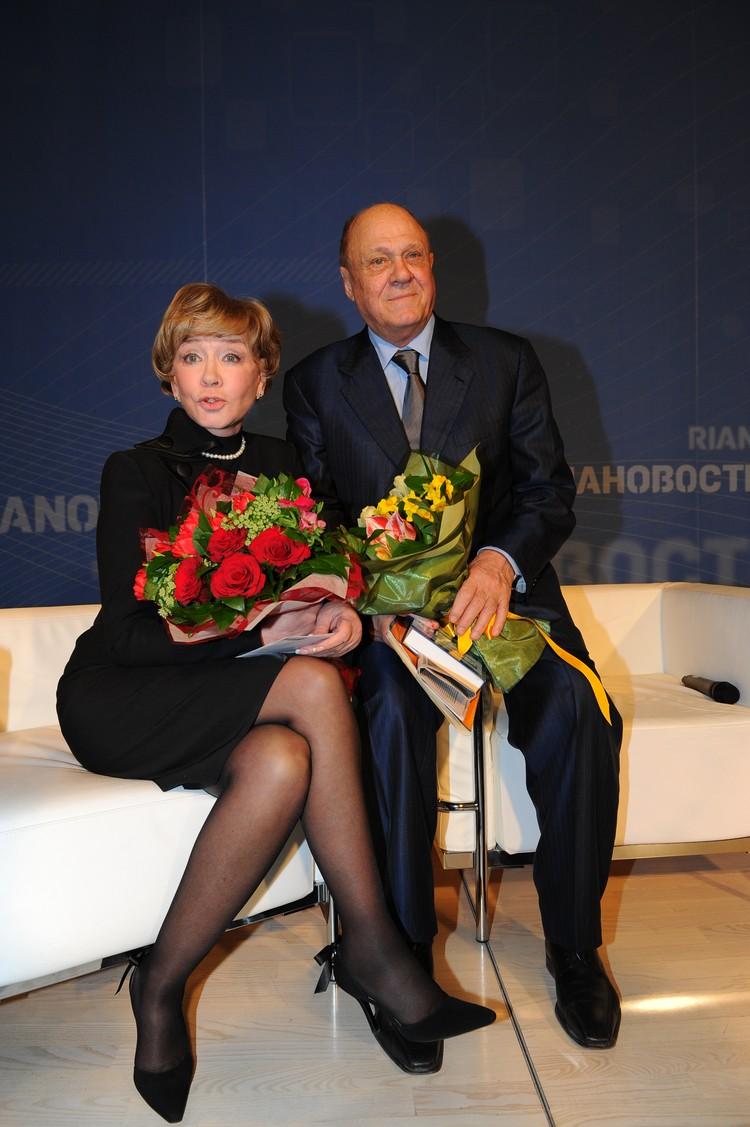 Меньшов и Алентова еще несколько лет назад отметили золотую свадьбу.