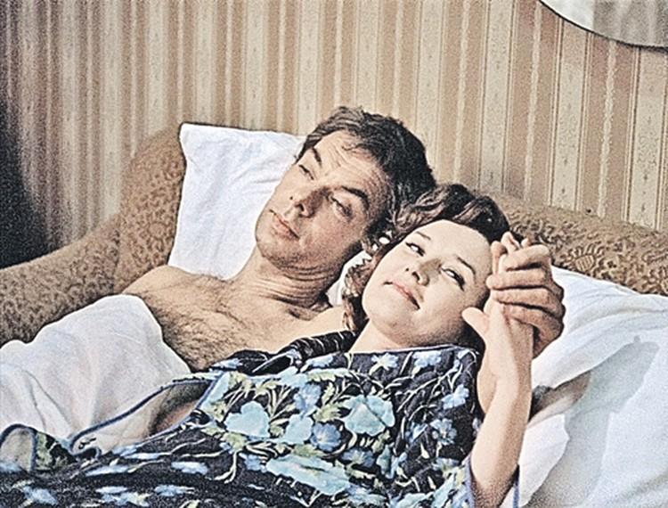Гоша и Катя (Алексей Баталов и Вера Алентова, «Москва слезам не верит»)