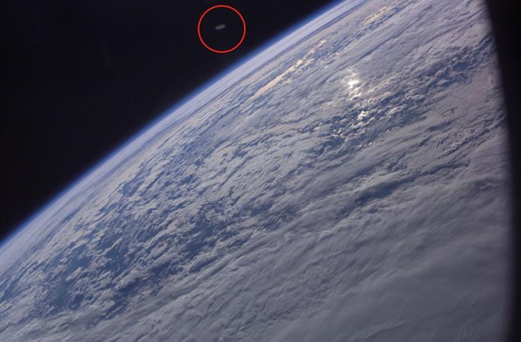 Энтузиасты считают, что в кадр попал корабль инопланетян