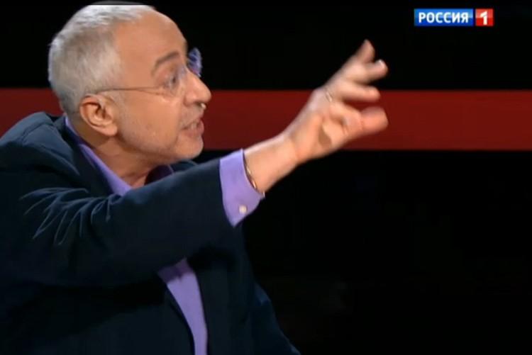 Николай Сванидзе тут же начал апеллировать к УК и морали и этике.