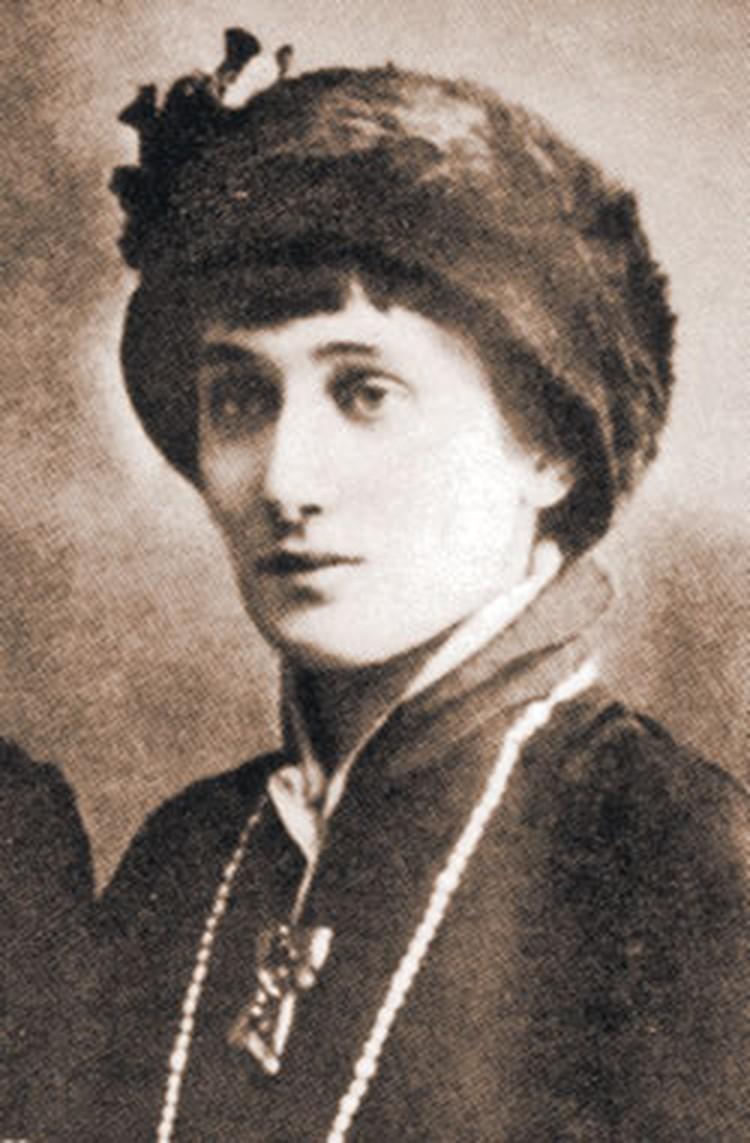 На Большой Ордынке Анна Андреевна прожила больше времени, чем у себя дома в Петербурге.