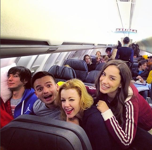 звезды в самолете фото настоящее