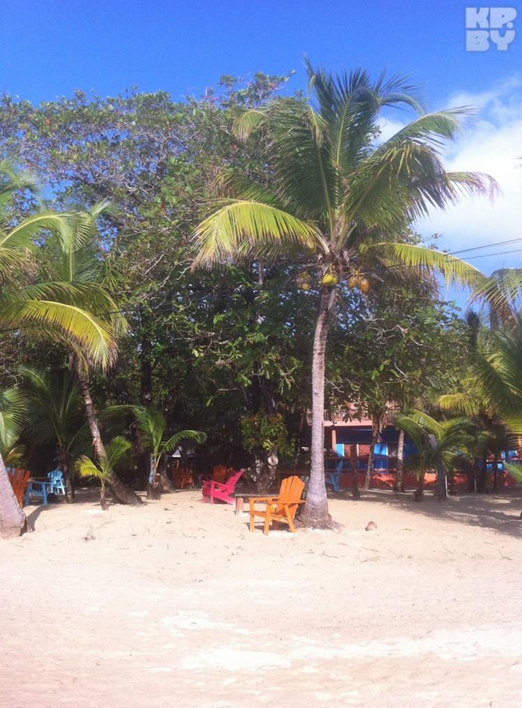 Пляж Роатана.