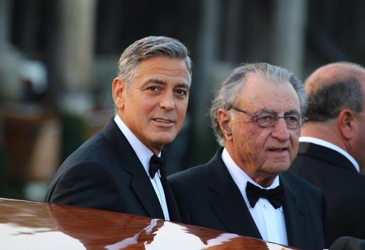 Джордж с отцом Ником Клуни.