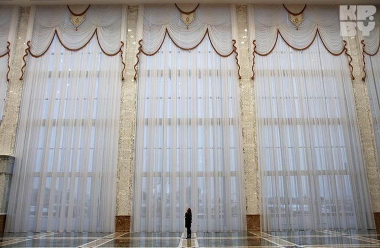 ... как и длина штор.