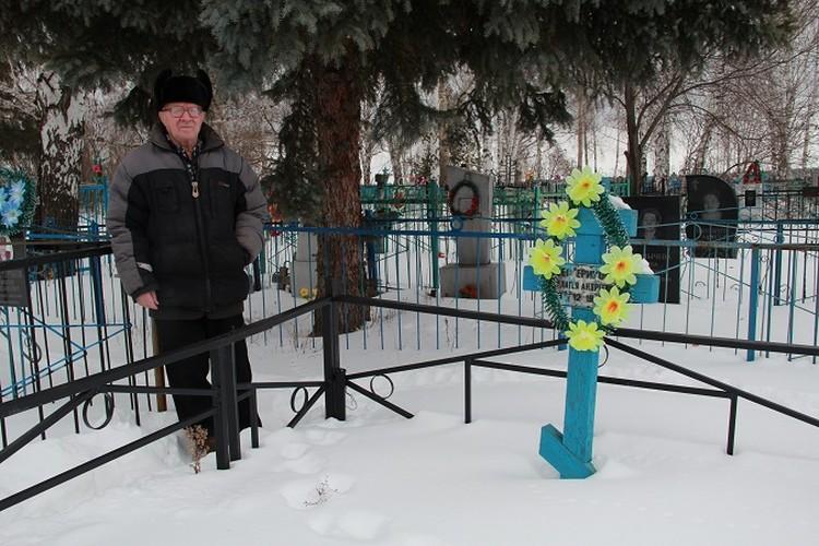 Ивана Шестерикова похоронят рядом с женой.