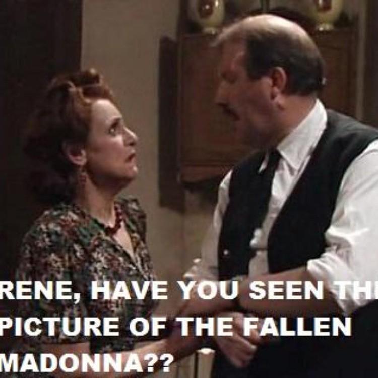 Перевод: Рене, а ты уже видел фото упавшей Мадонны?