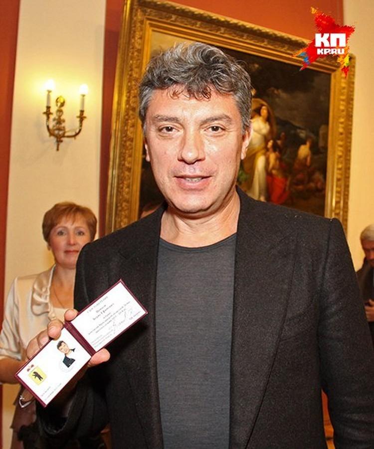 Немцов получил корочки депутата Ярославской облдумы.