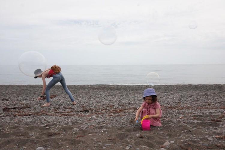 Пляжи на удивление чистые — из мусора только водоросли
