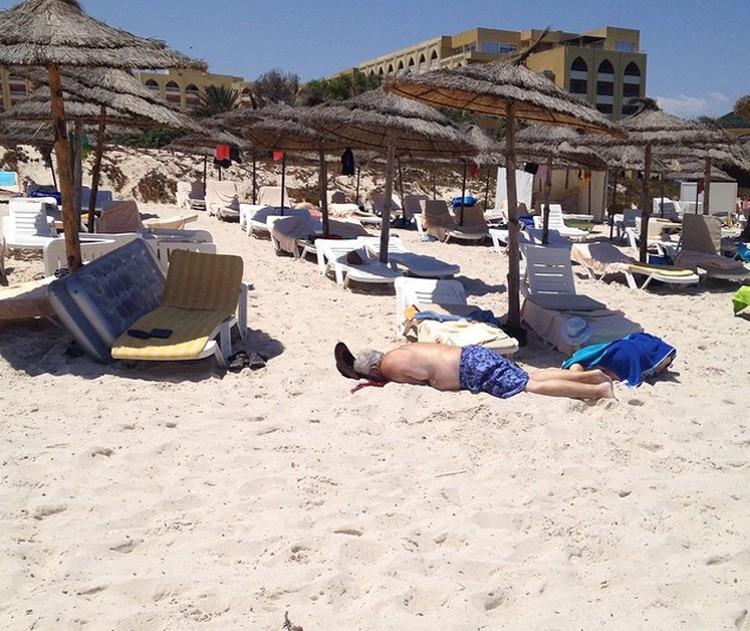 В Тунисе террорист расстрелял туристов в пятизвездочном отеле