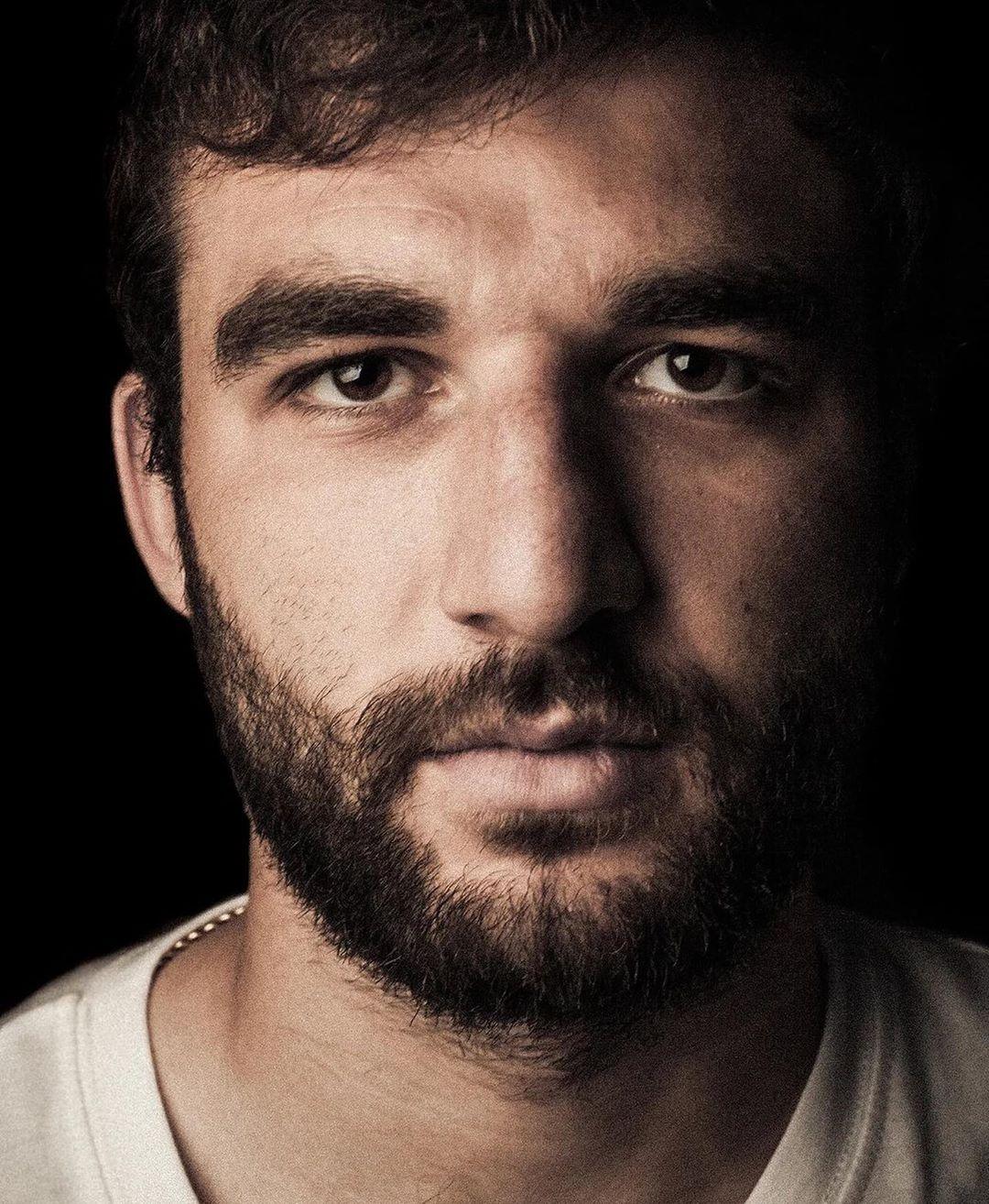 Снялся для проекта талантливого @elguapoworld для его ютюб проекта #ГеоргийЗаКадром
