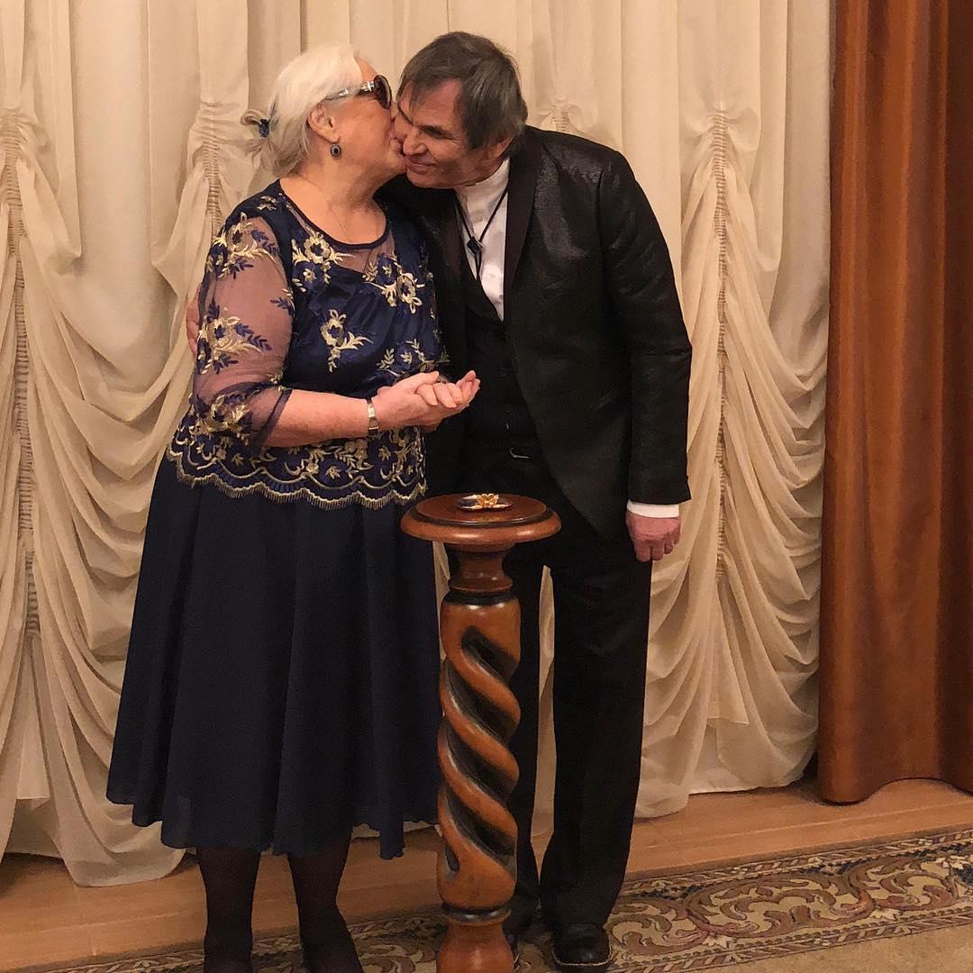 Сегодня состоялись два сенсационных бракосочетания