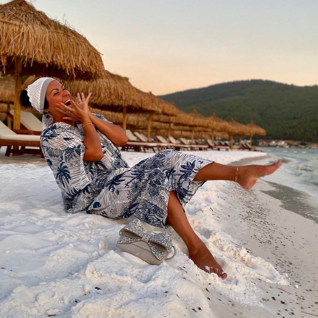 Оперная дива Анна Нетребко отдыхает на турецком курорте Бодрум.
