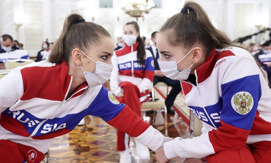 Гимнастки Дина и Арина Аверины еще не нашли свою любовь. Фото: ТАСС