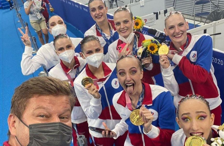 Дмитрий Губерниев гордится российскими чемпионками в синхронном плавании. ФОто: Инстаграм Дмитрия Губерниева